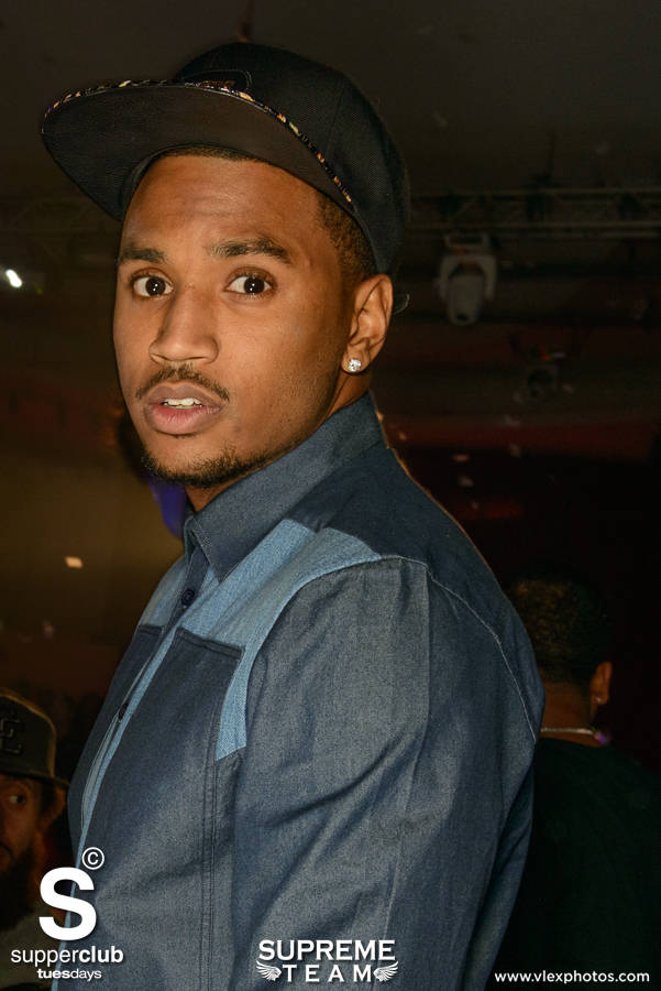 Trey Songz stops for a quick picture before hitting the stage at Supperclub Hollywood.