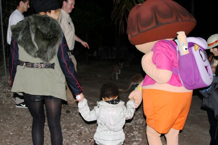 Bey shared this cute pic of her holding Blue Ivy's one hand, while Dora The Explorer held the other.