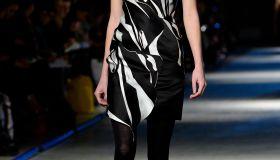 kendall jenner london fashion week giles runway show