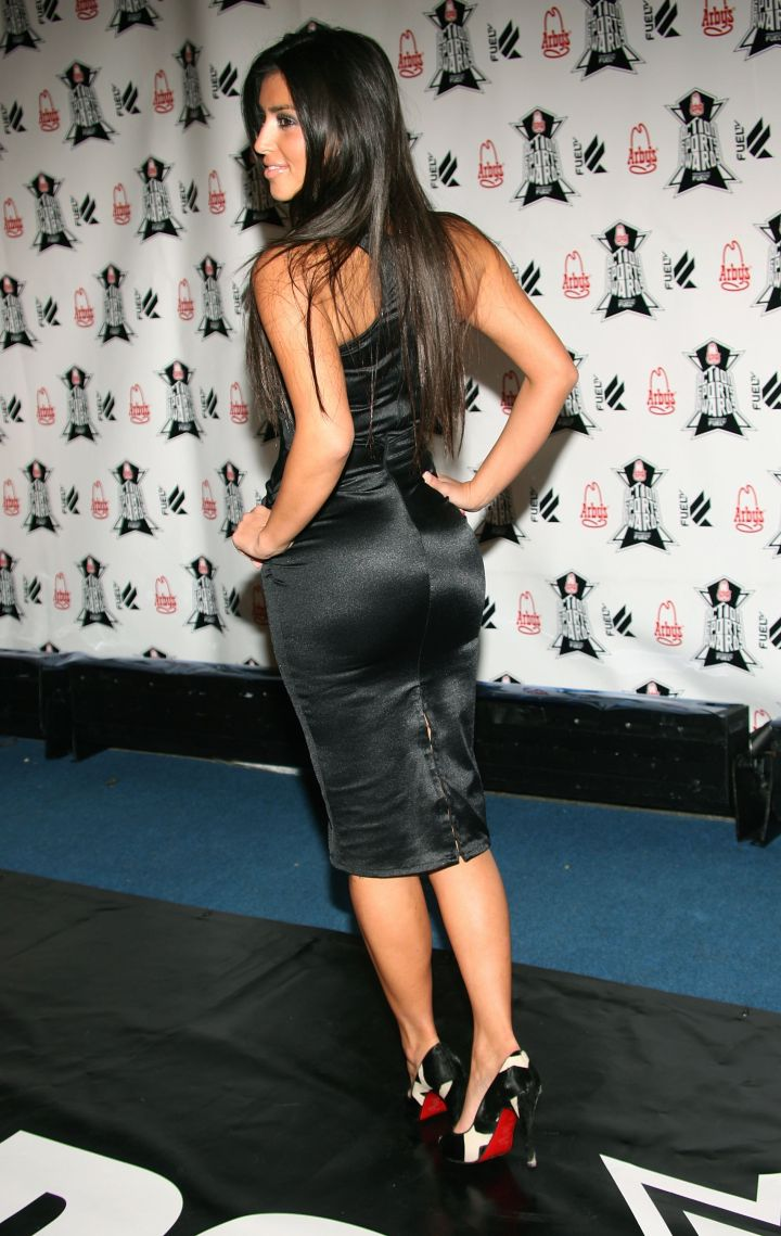 Back in 2006, Kim was definitely working with some junk in her trunk.