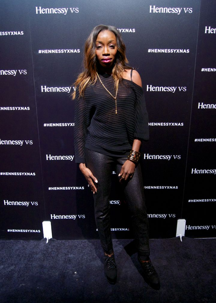 Estelle looking fabulous in all black everything.
