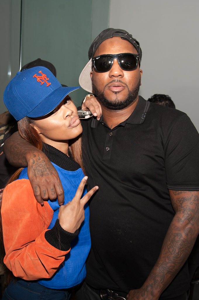 Teyana Taylor and Young Jeezy duck-face for the camera.