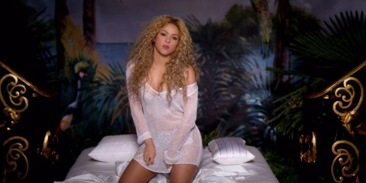 Shakira is one hot momma.