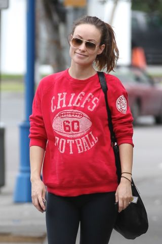 pregnant olivia wilde baby bump no makeup gym