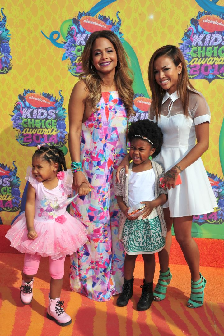 Karrueche and niece Samira joins Christina Millian and daughter Violet for some snaps on the orange carpet.