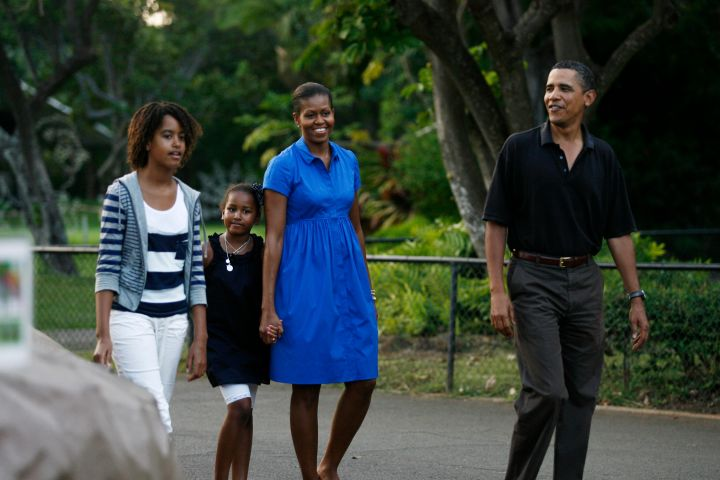 The First Family visits the zoo in black and blue.