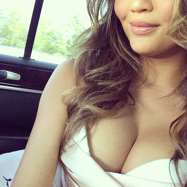 Chrissy and her tatas before the MTV Movie Awards.
