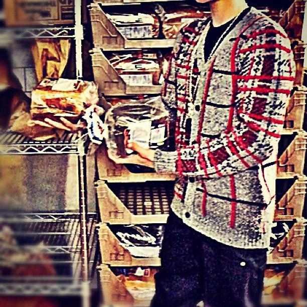 "Caption: ""I got a lot of bread"""