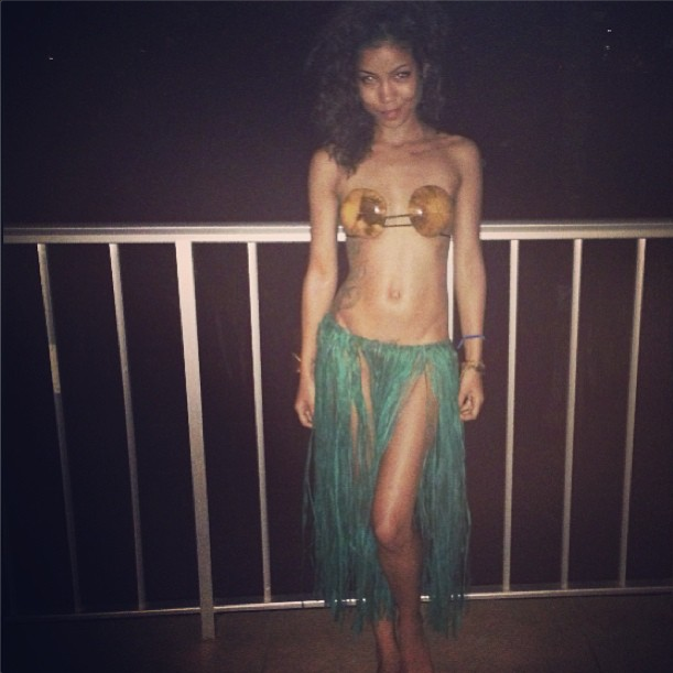 Jhene is everything in this 'fit.