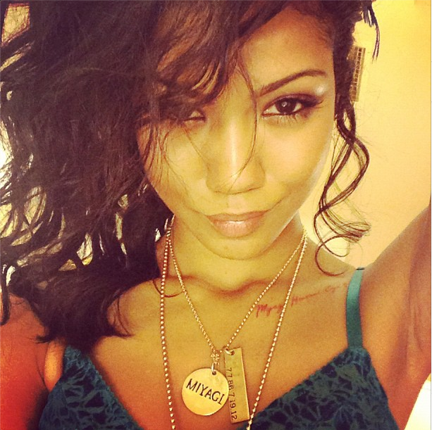 Jhene makes a sexy face for the 'gram.