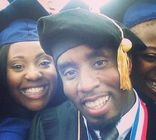 Diddy takes some selfies with graduates at Howard University!
