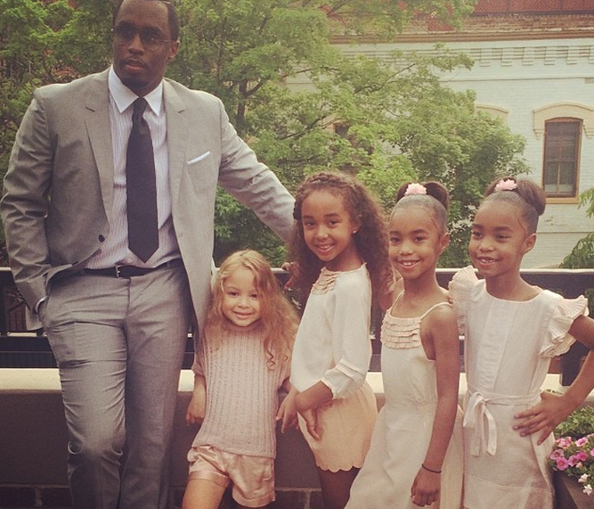Diddy brings his adorable daughters to DC before his big speech!