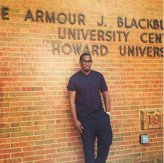Diddy poses in front of Howard!