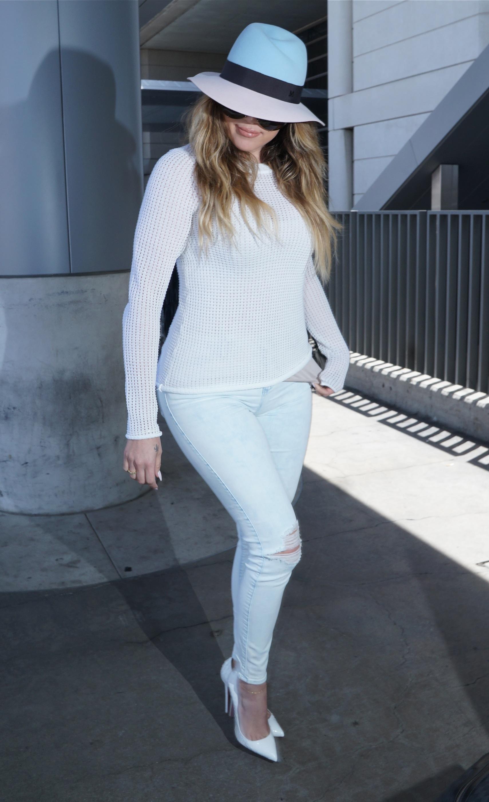 Khole Kardashian arriving at LAX