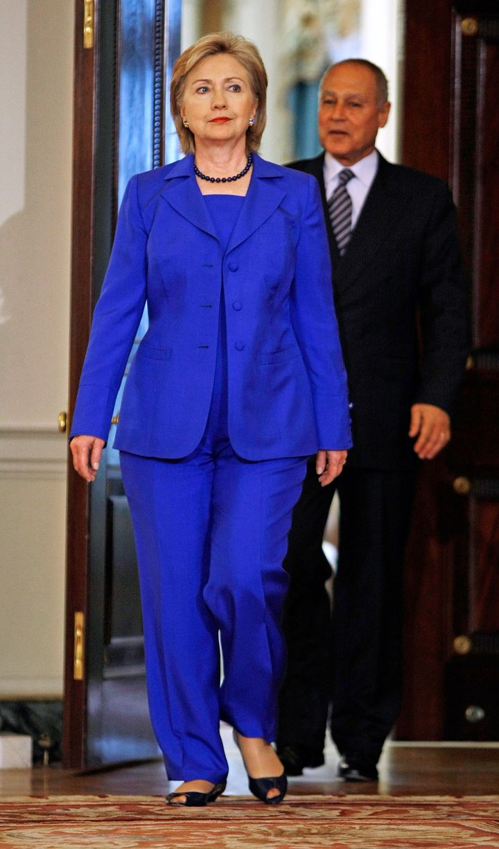 May 2009: Blue is definitely Hillary's color!