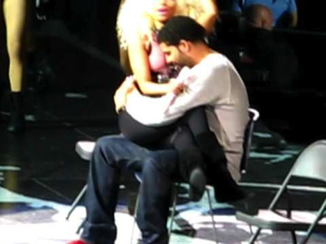 Lap Dance For Drizzy.