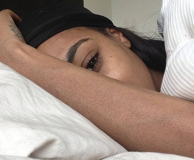 Jourdan Dunn looks like a Victoria's Secret model even when she's waking up.