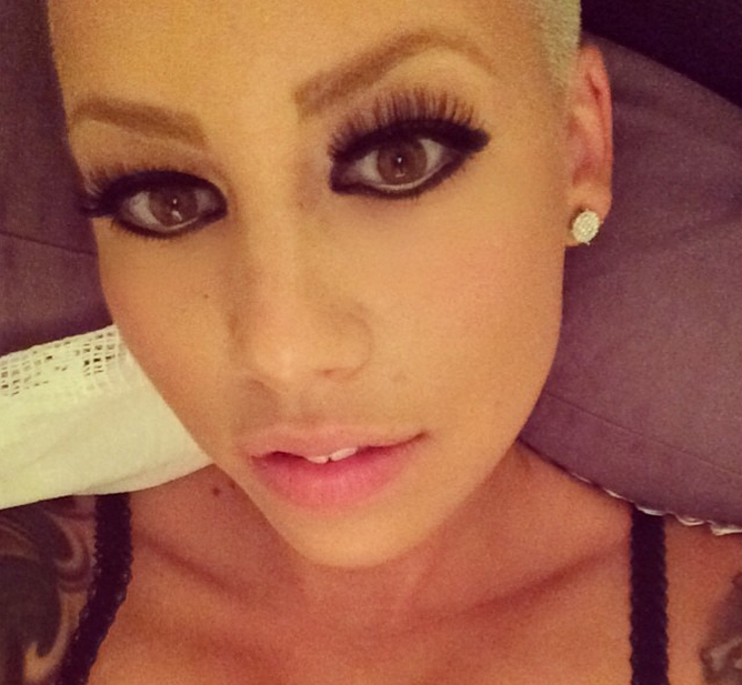 Amber Rose shows off her makeup in a new selfie.