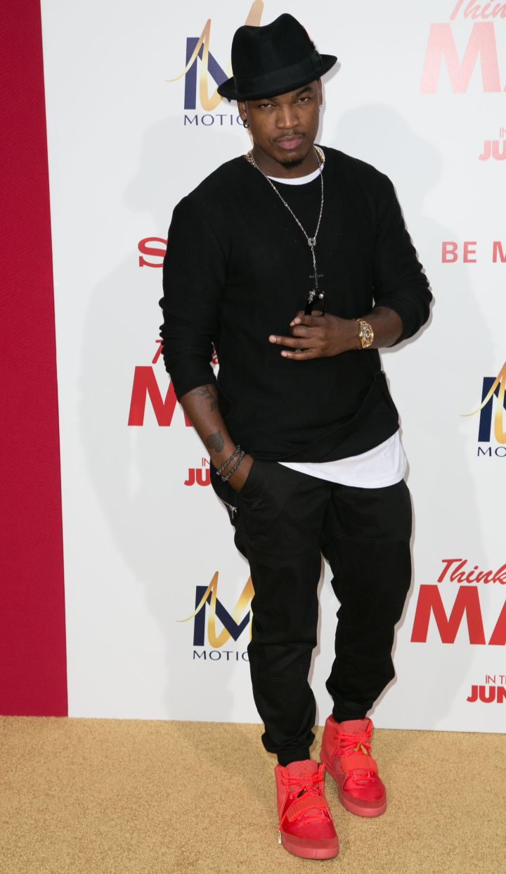 Ne-Yo had his Red Octobers all over the red carpet.