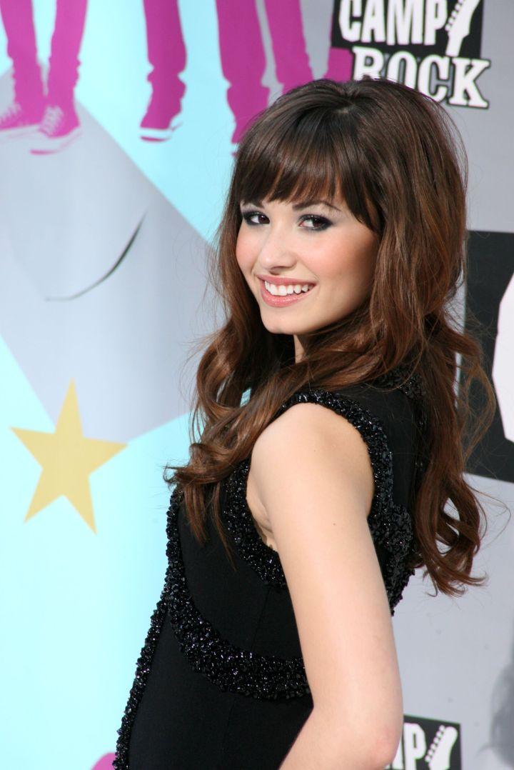 Demi was a banging brunette back in '08.