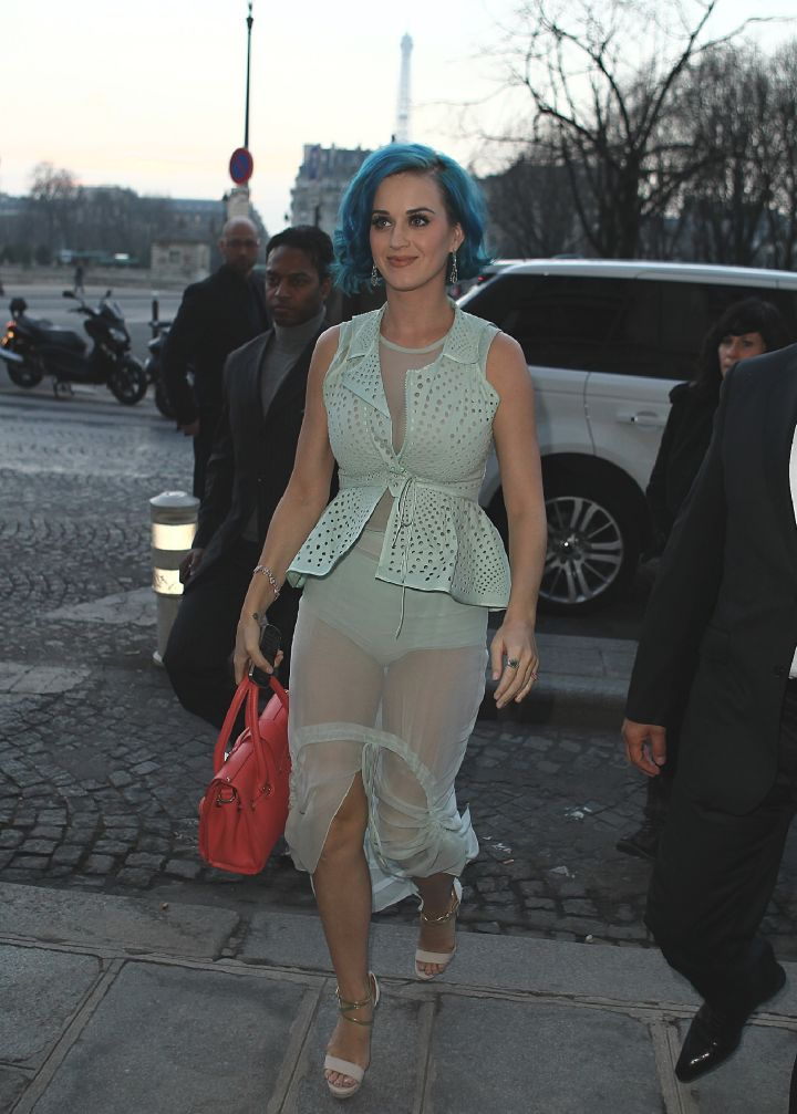 Katy Perry Matched Her Underwear With Her Mint Green Outfit.