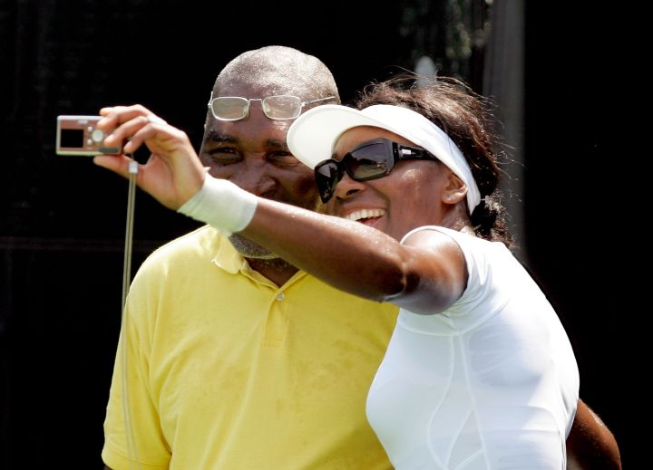 Venus takes a selfie with her dad in 2005.