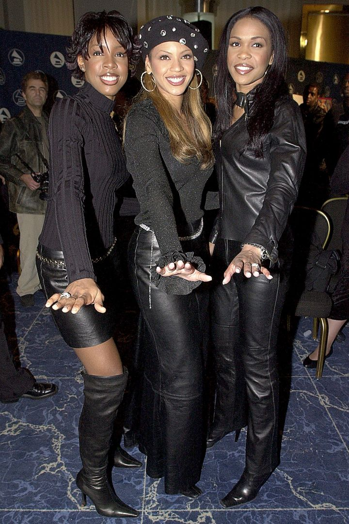 Ringing in 2001 at the Grammys.