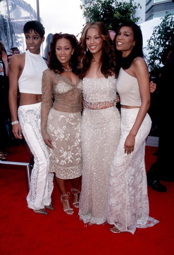 Destiny's Child rocked midriffs and skirts way before Kim K did!