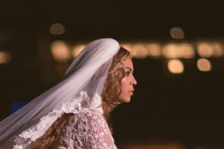 The perfect bride.