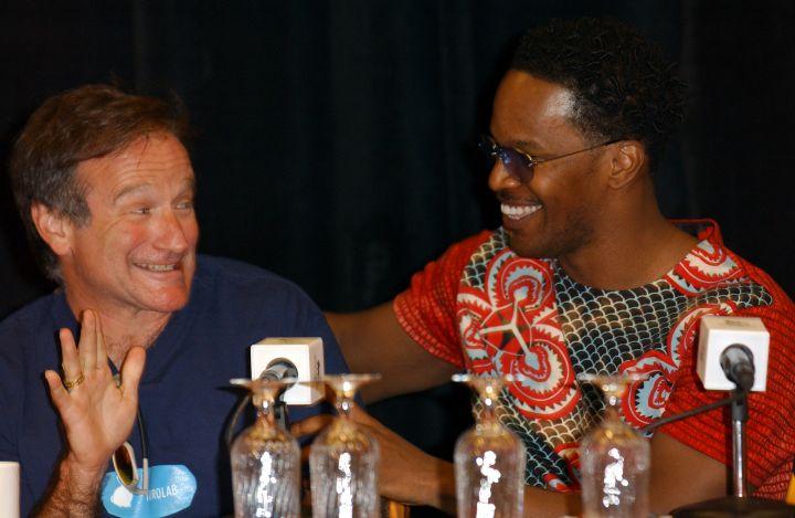 Robin Williams at a press conference, 2002