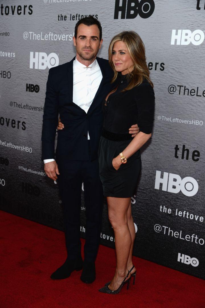 "Jennifer Aniston met her man Justin Theroux while filming ""Wanderlust."""