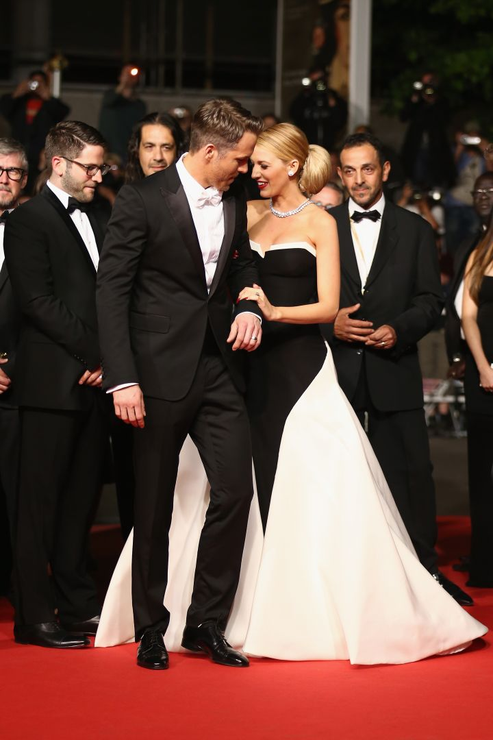 """Ryan Reynolds swooped in and stole Blake Lively's heart on the set of """"The Green Lantern."""""""