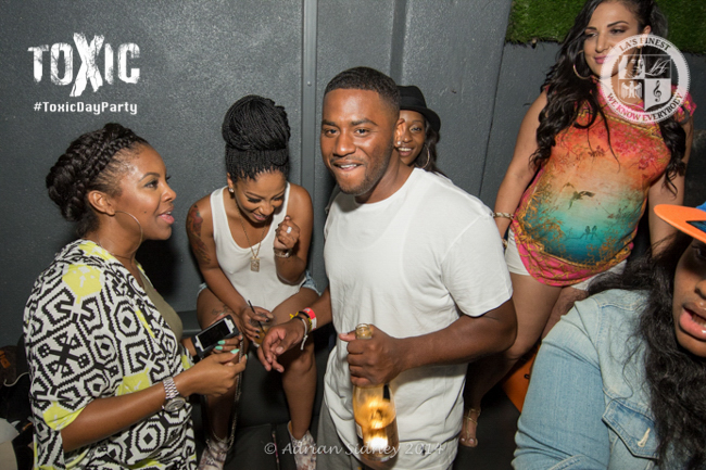 K. Michelle Having A Good Time With Friends.