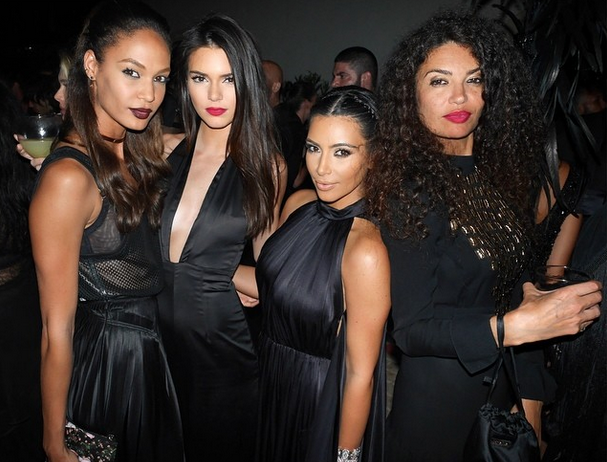 Kim and Kendall hang out with other beautiful ladies in Ibiza