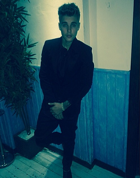 Justin Bieber shows off his Ibiza ensemble