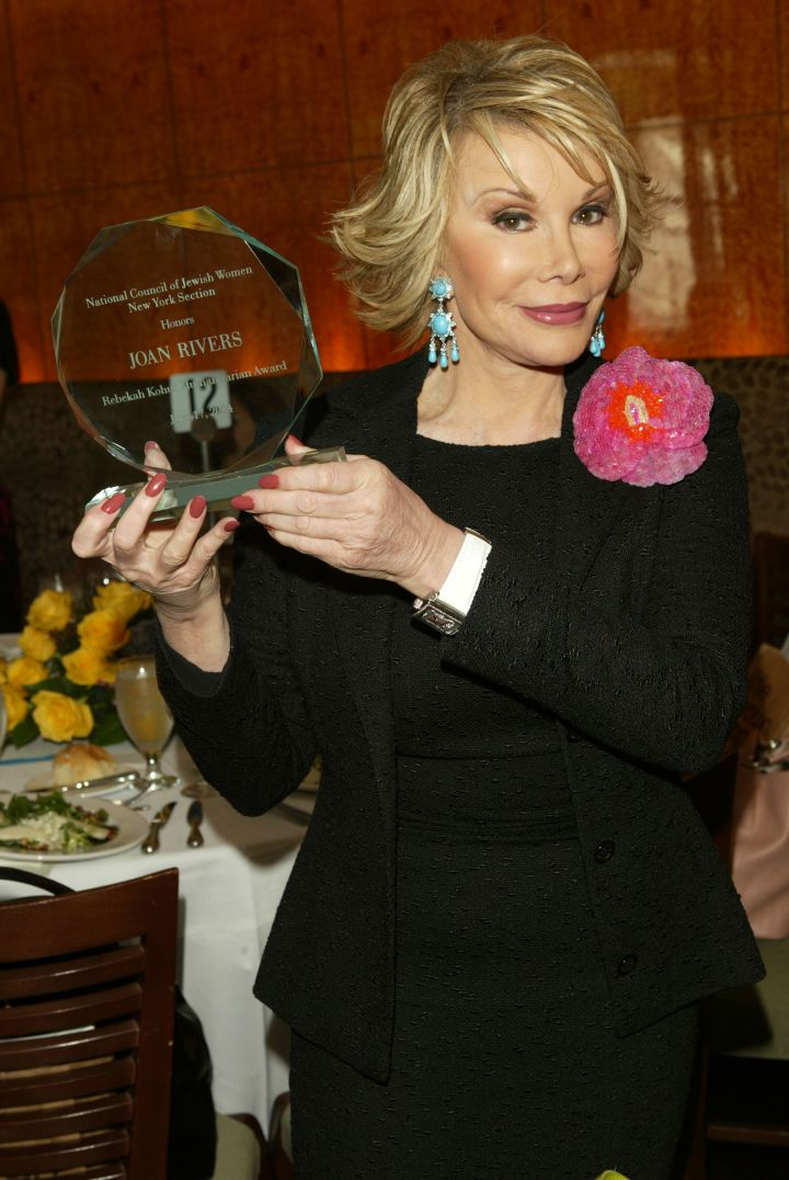 Rivers poses with her award from the National Council of Jewish Women at their 110th Anniversary.