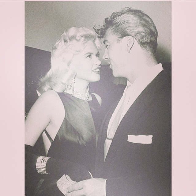 Mariska posted an old black & white pic of her parents Jayne Mansfield and Mickey Hargitay.