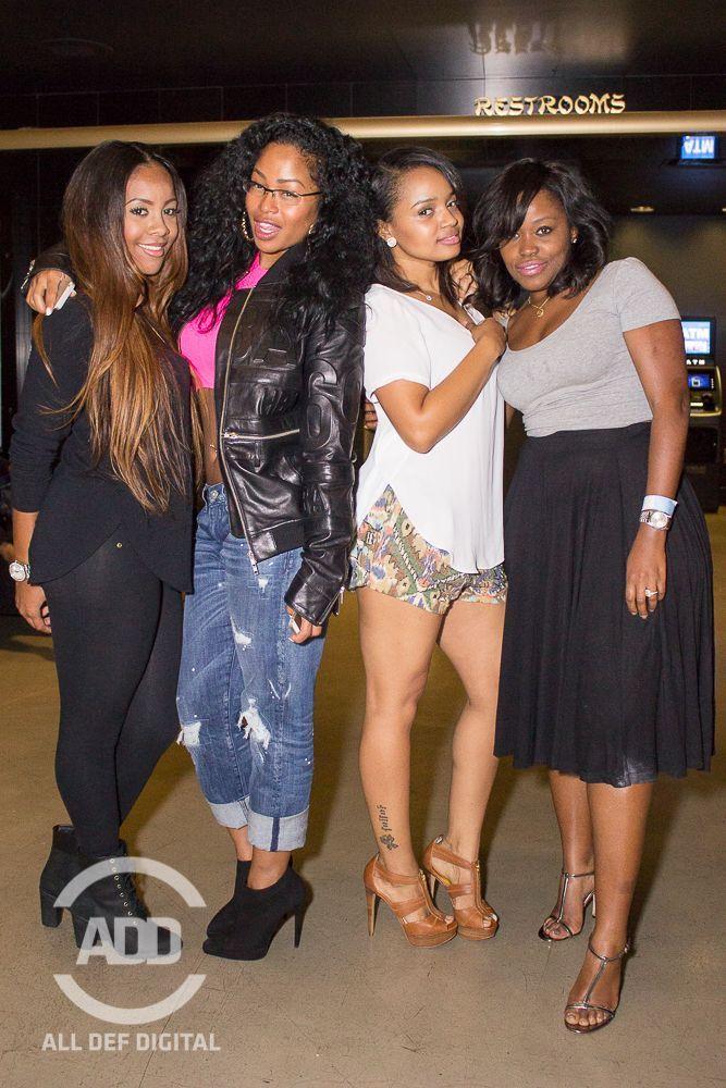 Miss Diddy, Tae Heckard, Kyla Pratt, & Miatta get their pose on.