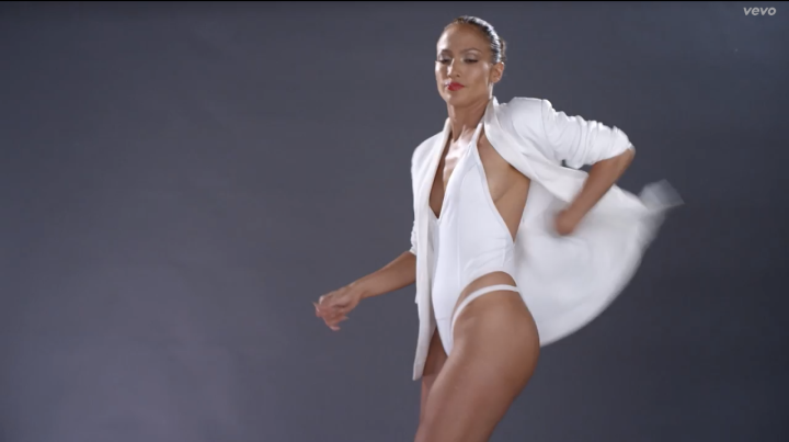 While J.Lo and Iggy look great, we need to focus on what's really important in this video.