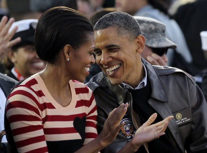 38 Pictures Of Barack and Michelle Obama Showing Each Other Love