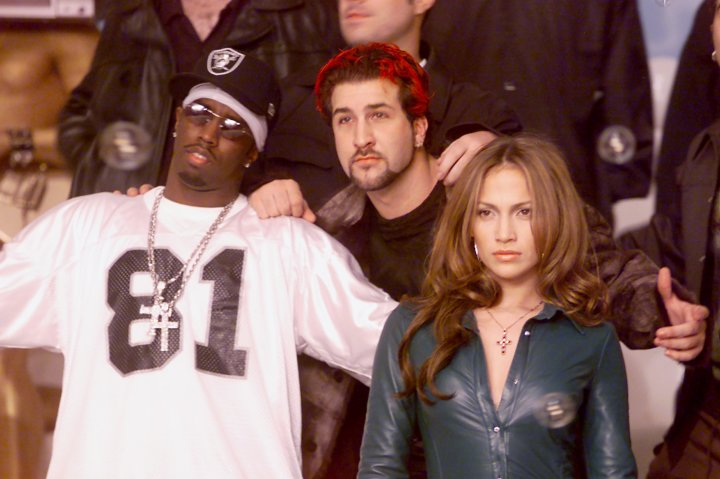 """J.Lo & Diddy made an appearance for a special edition of """"TRL."""""""