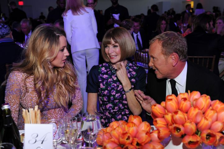 Boss life! Blake Lively chats it up with Anna Wintour and Michael Kors at the GLWD Golden Heart Awards