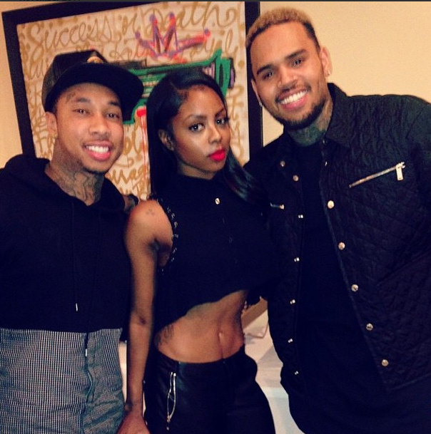 Chris Brown poses with the homies.
