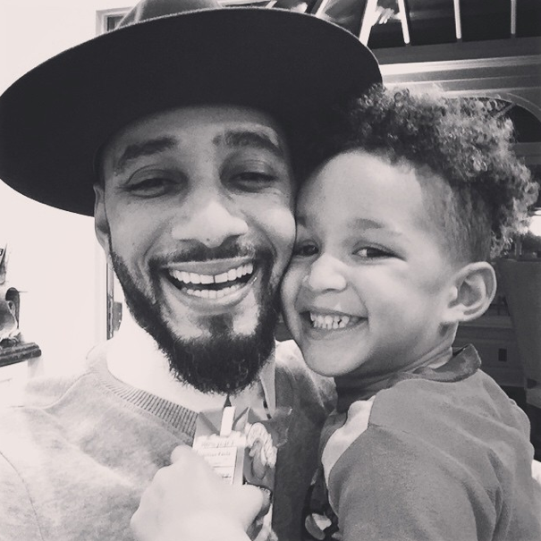 Swizz Beats and his son take a selfie.