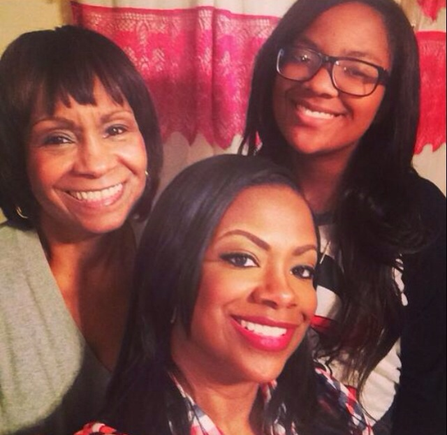 Kandi Burrus posed it up with her mom and daughter.