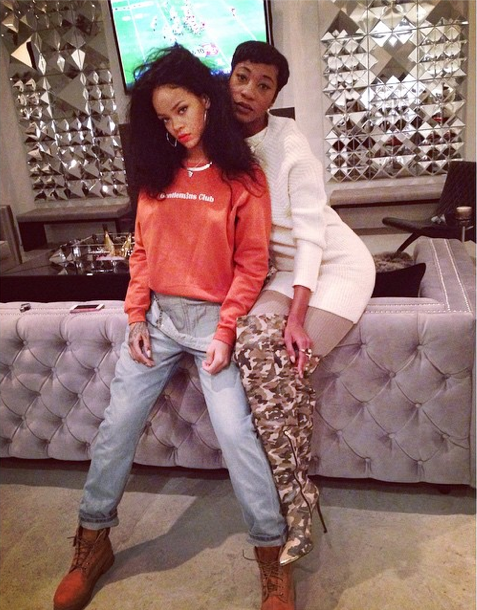 Rihanna and her bestie Melissa strike a pose.