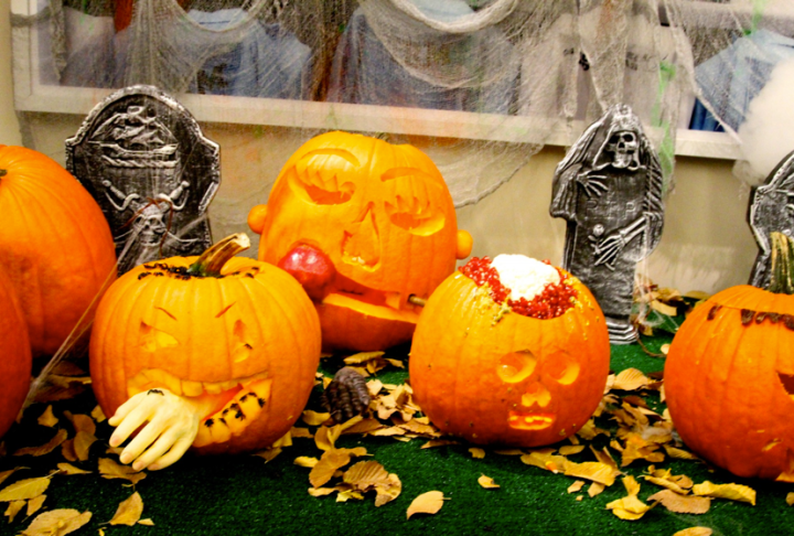 One pumpkin wasn't enough for the first family of hip-pop, so they decked out a few more.