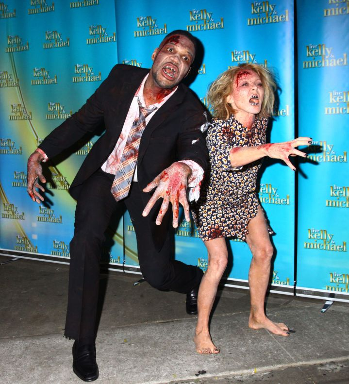 Kelly Ripa and Michael Strahan are zombies!