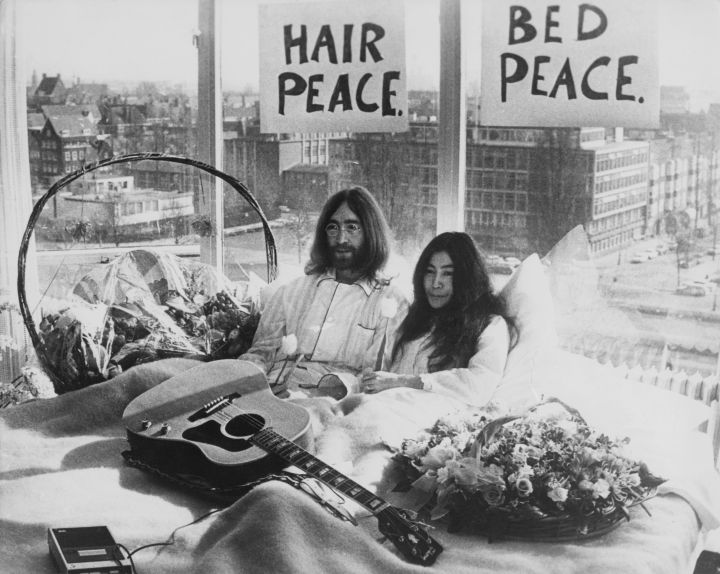 John Lennon and Yoko Ono staged a 'bed-in for peace' and intended to stay in bed for seven days as a protest against war and violence in the world.