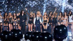 2014 Victoria's Secret Fashion Show finale